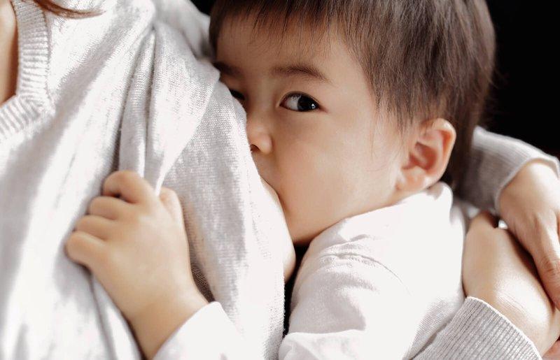 penanganan payudara bengkak dan sakit pada ibu menyusui