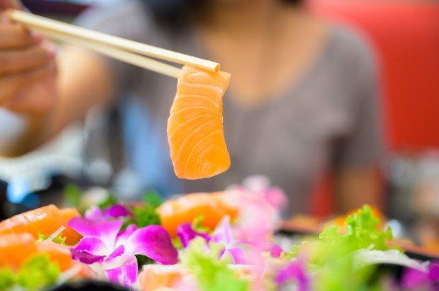 Manfaat Salmon untuk Kulit-1.jpg