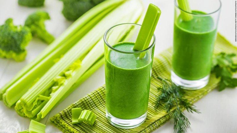 Manfaat jus seledri untuk diet - jus.jpg