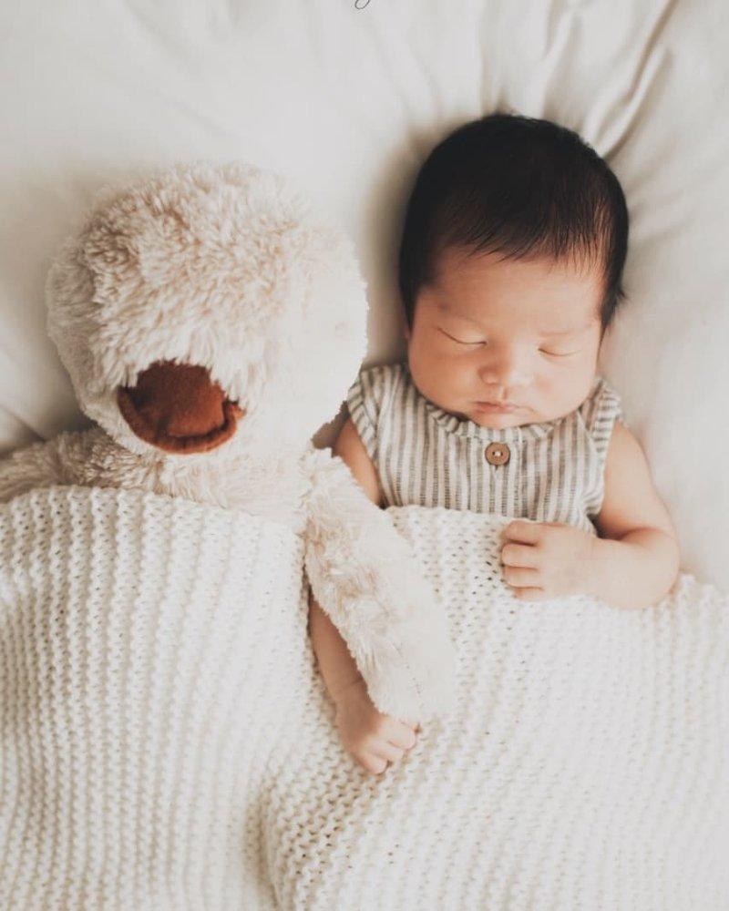Manisnya Photoshoot Keluarga Putri Titian dan Junior Liem setelah Kelahiran Iago 1.jpg