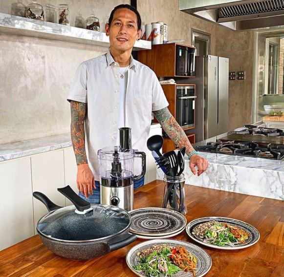 Mantan Istri Chef Juna.png