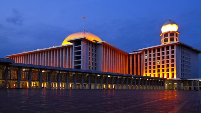 Masjid Istiqlal.jpg