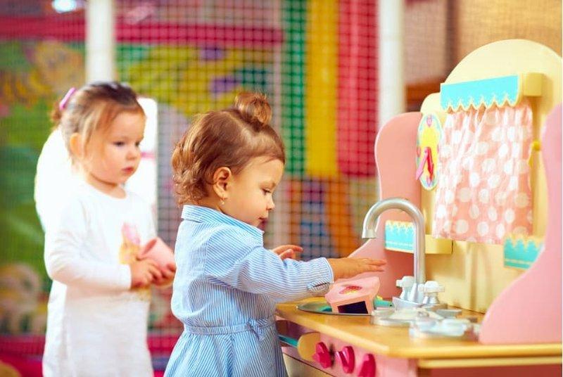 Mau Membeli Mainan Bayi Penuhi 5 Unsur Ini Untuk Mengasah Perkembangannya -1.jpg