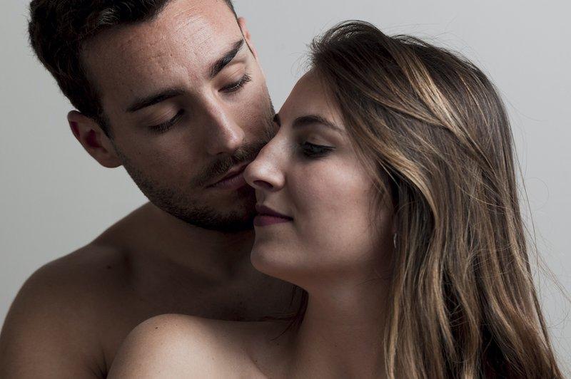 Mau Membuat Moms Orgasme dengan Oral Seks? Ini 8 Tipsnya, Dads! 2.jpg