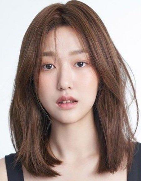 Medium Short Hair Korean 2.jpg