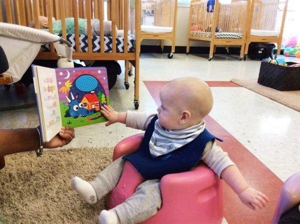 Membacakan Buku Pada Newborn Ternyata Banyak Manfaatnya -1.jpg