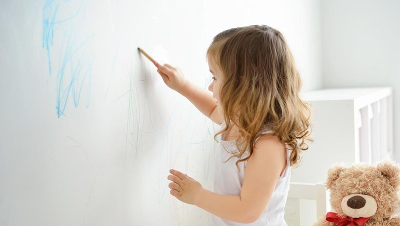 Mengintip Makna Psikologis Di Balik Warna Yang Digunakan Anak Saat Menggambar 4.jpg