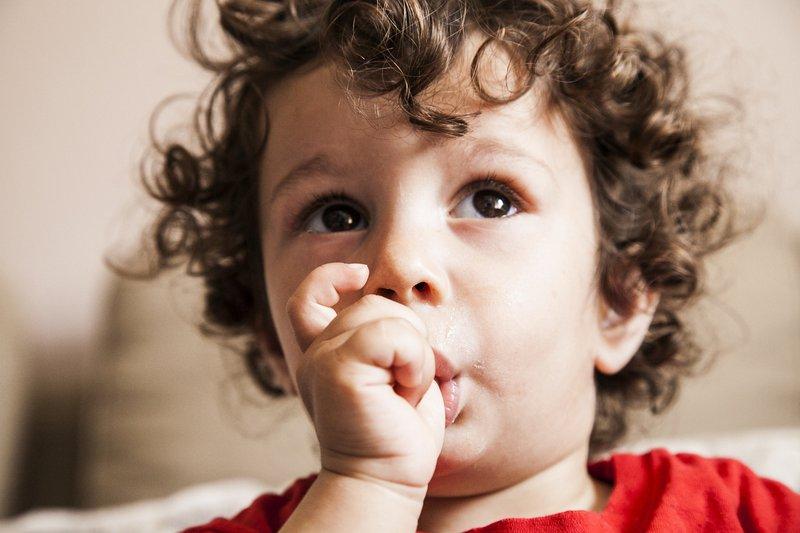 Mengisap Jempol Bisa Menurunkan Risiko Alergi Ini Penjelasannya! 02.jpg