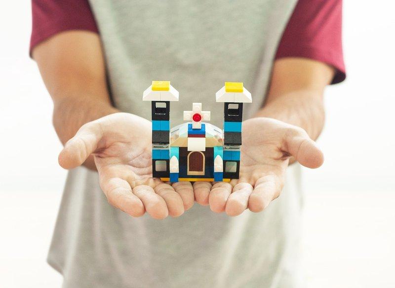 manfaat bermain lego Meningkatkan Keterampilan Komunikasi.jpg