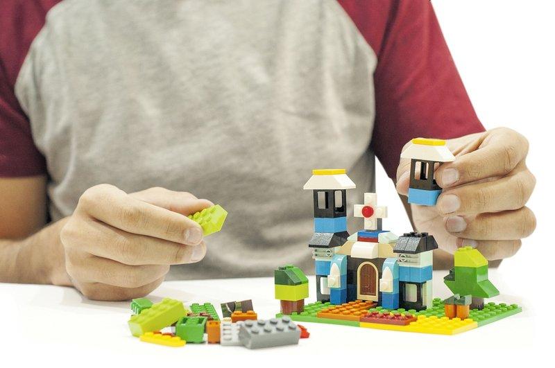 manfaat bermain lego Meningkatkan Kreativitas.jpg