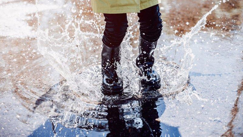 hujan saat Imlek