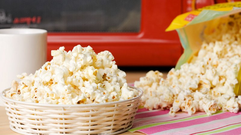 Microwaved_popcorn_bag-1296x728-header.jpg