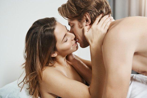 manfaat orgasme bersamaan-1