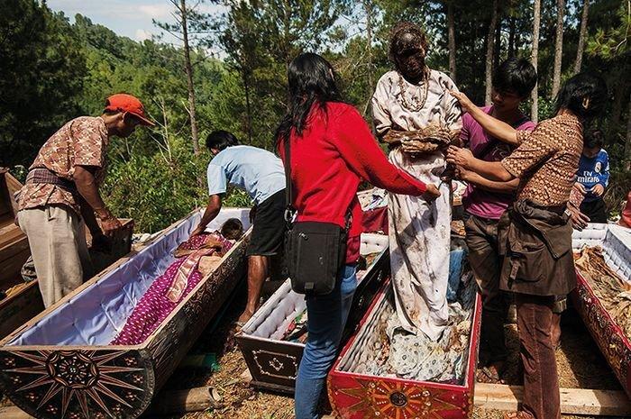 Manene Toraja.jpg