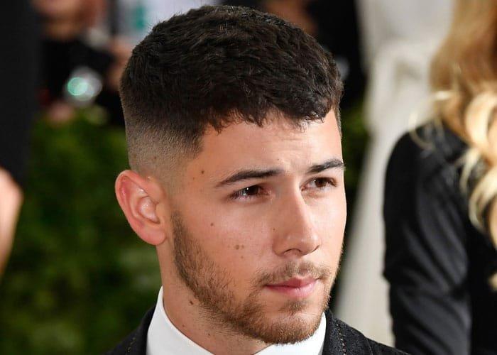 Rambut Caesar Haircut
