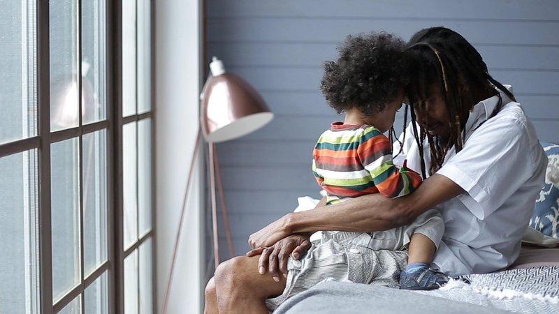 5 Cara Mendisiplinkan Waktu Tidur Anak