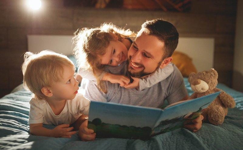Mendisiplinkan Waktu Tidur Anak