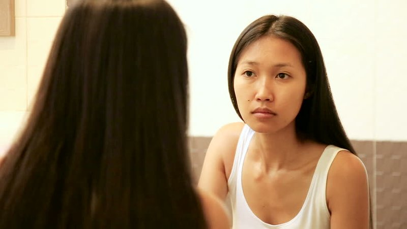 Moms, Ini Bahaya Tidur Pakai Makeup-2.jpg