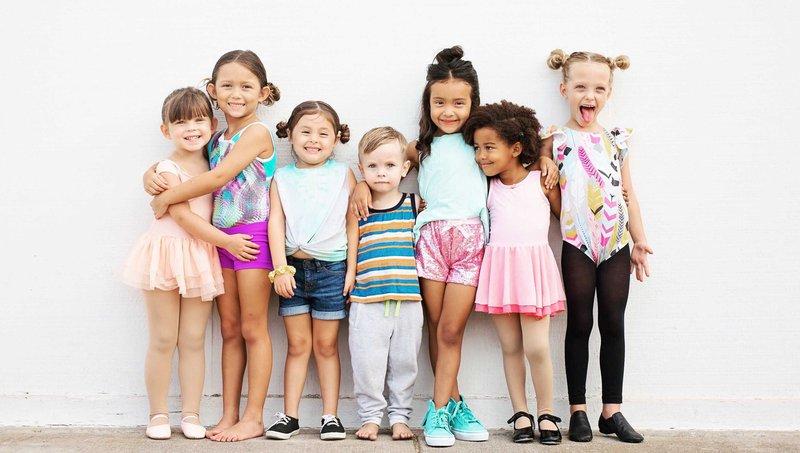 Moms, Jangan Percaya Dengan 3 Mitos Salah Tentang Anak Introvert Ini 1.jpg