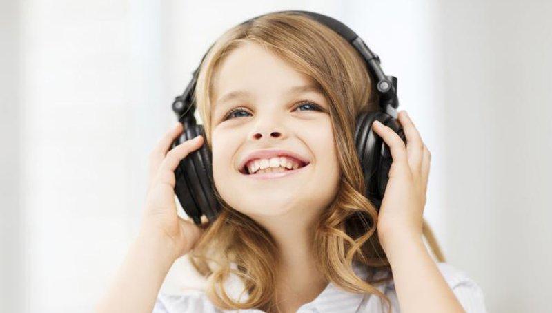 Moms, Jangan Percaya Dengan 3 Mitos Salah Tentang Anak Introvert Ini 2.jpg