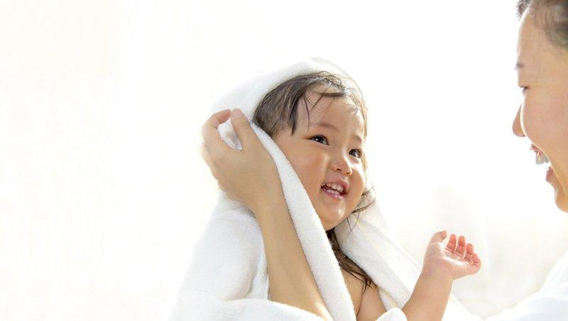 Moms, Lakukan 4 Hal Ini Untuk Mengatasi Anak Malas Mandi 4.jpg
