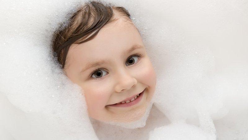 Moms, Lakukan 4 Hal Ini Untuk Mengatasi Anak Malas Mandi 3.jpg