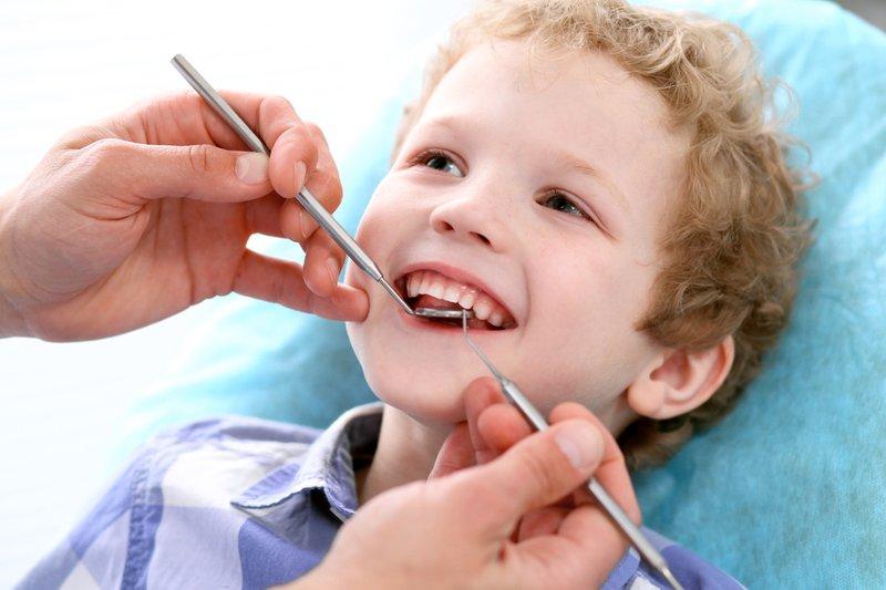 Moms, Waspada Karies Gigi yang Rentan Terjadi pada Anak-3.jpg