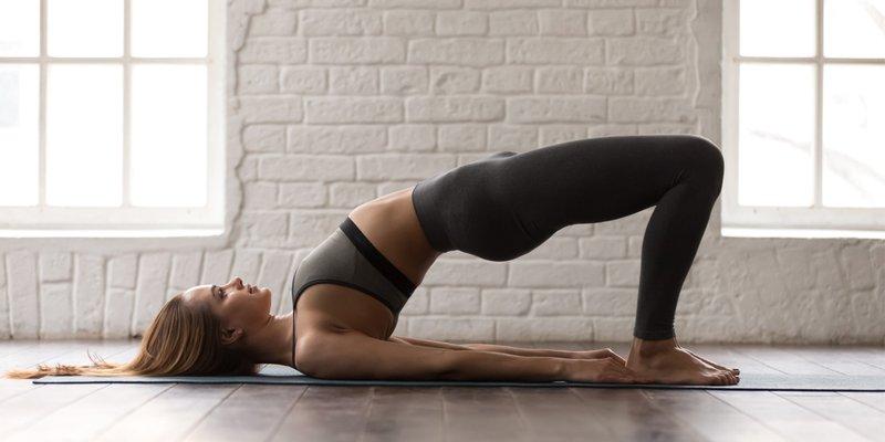 Olahraga skoliosis pelvic tilt.jpg