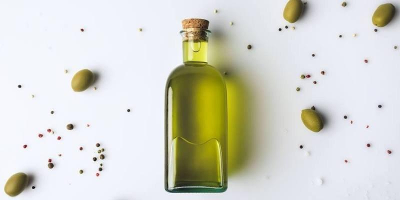 Olive Oil Sumber Lemak Sehat Untuk Memasak MPASI 5.jpg