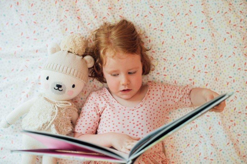 Libatkan Anak dalam Lingkungan yang Penuh Hal untuk Dibaca dan Dipelajari
