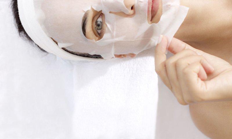 Pakai Sheet Mask Terlalu Lama, Ini Efeknya-1.jpg