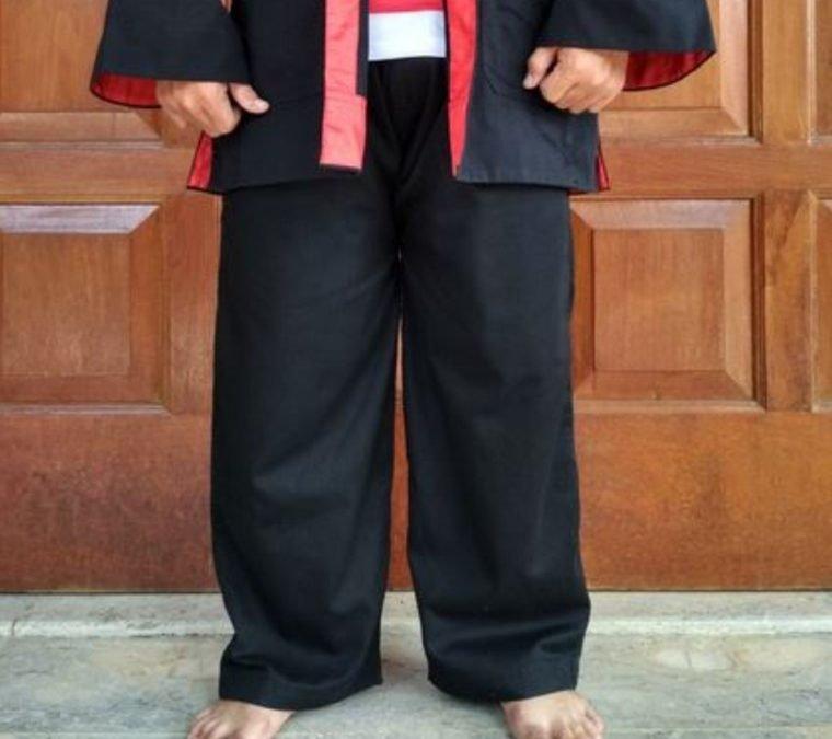 Pakaian Adat Jawa Timut - Celana Komprang