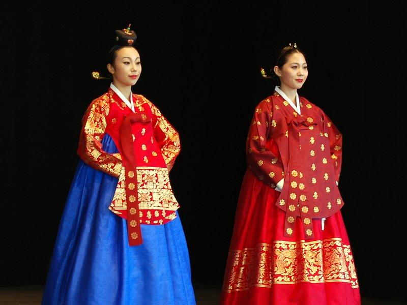 Pakaian Korea Dangui.jpg