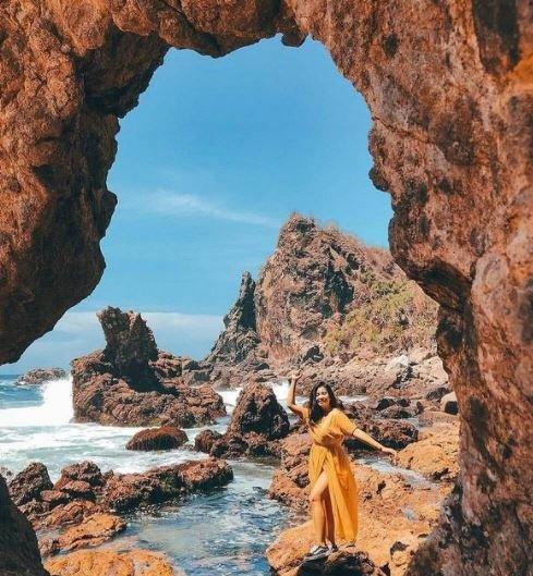 Pantai Gesing Wisata Gunung Kidul