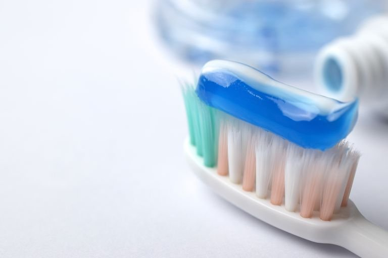 Pasta Gigi untuk Ibu Hamil Harus Bebas Fluoride, Mitos atau Fakta 02.jpg