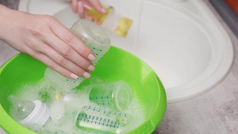 Penting 4 Barang Bayi Ini Harus Sering Dibersihkan oleh Disinfektan -1.jpg