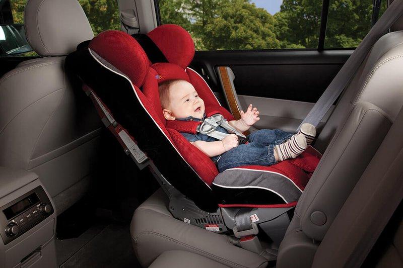 Penting Untuk Diikuti! 4 Aturan Keselamatan Pemakaian Car Seat Untuk Balita 1.jpg