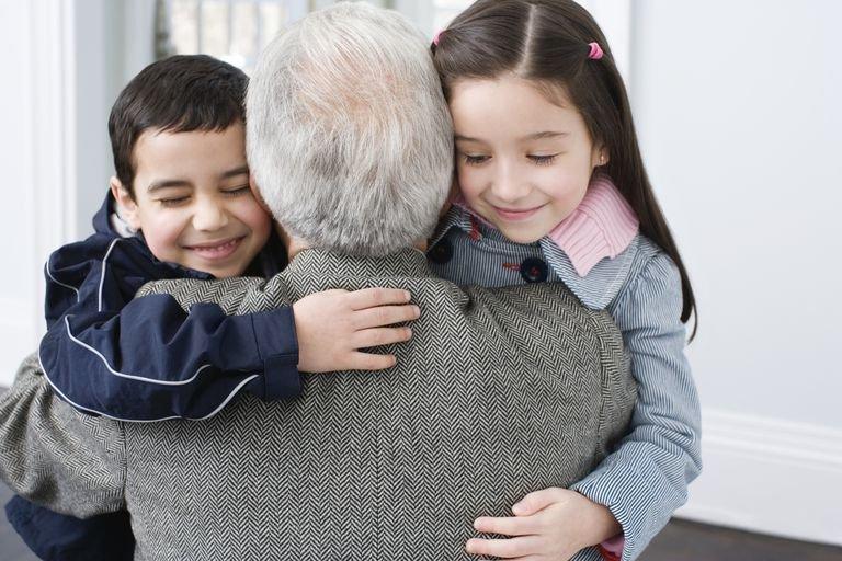 Pentingnya Komunikasi untuk Hindari Sikap Manja Cucu pada Kakek-Neneknya-2.jpg