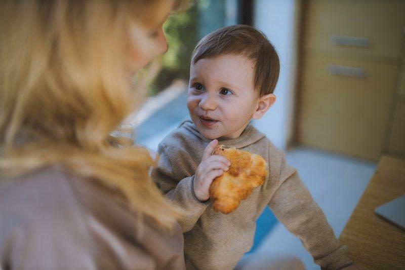 Penyebab Anak Tidak Mau Makan Sendiri.jpg