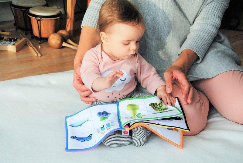 5 Ide Stimulasi Otak Bayi