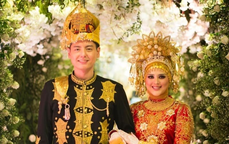 Perhiasan Wanita Aceh.jpg