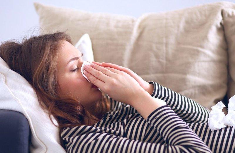 Pilek bisa berubah jadi flu.jpg