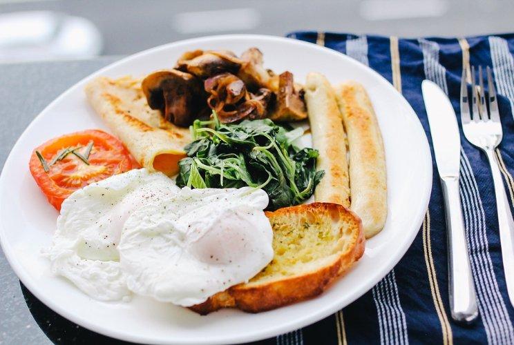Pixabay_Beri makanan dengan kadar zat besi yang tinggi.jpg