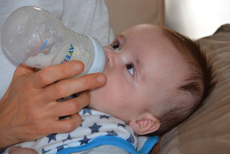 botol susu si kecil bebas bakteri