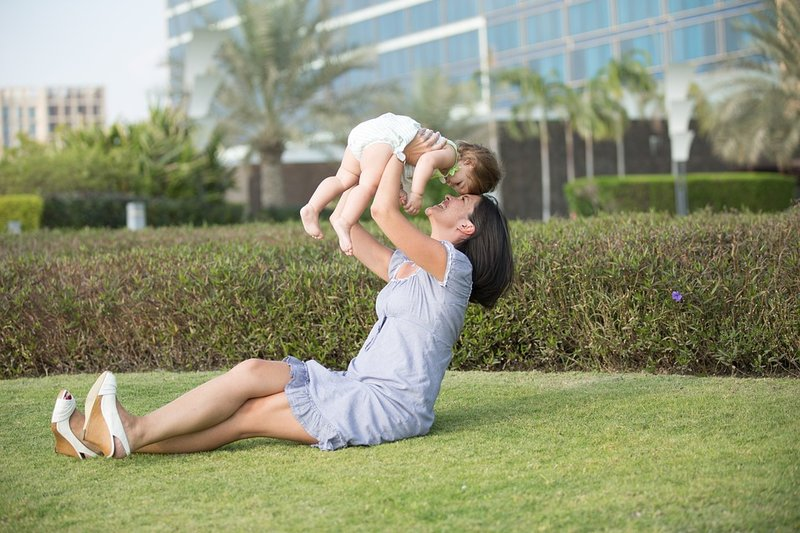 kriteria babysitter