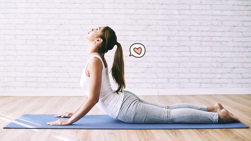 manfaat yoga-meredakan nyeri punggung