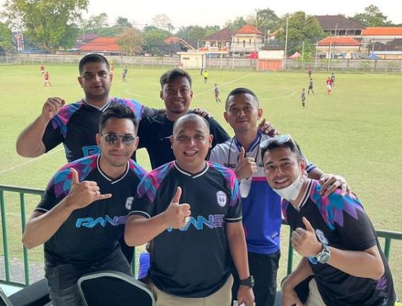 Raffi Ahmad Demam Klub Bola 2.png