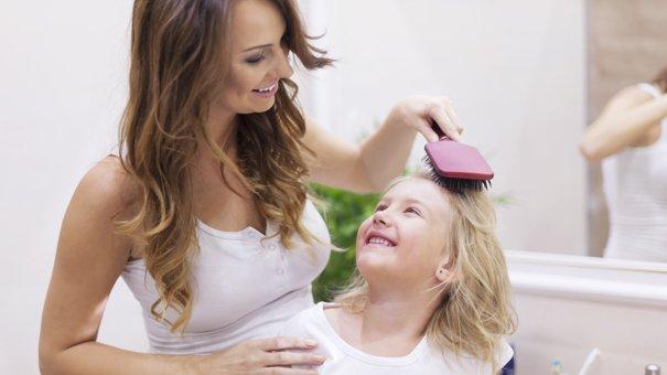 Rambut si Kecil rontok, normal atau tidak- plus cara mengatasinya (3).jpg