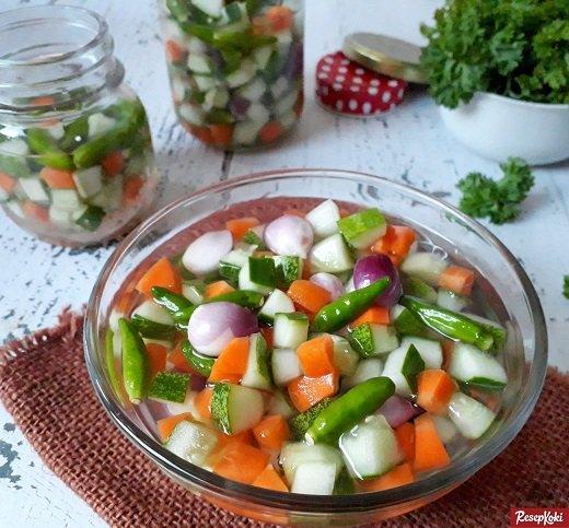Recipe-pickled-cucumber-tasty.jpg