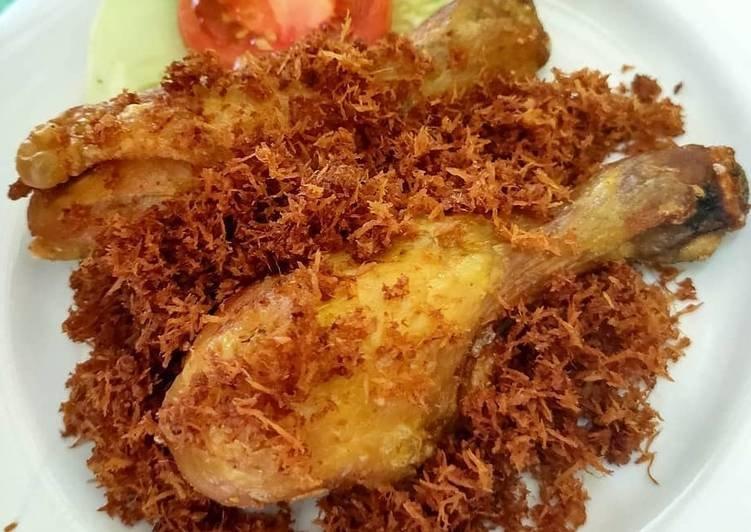Resep Ayam Serundeng-Resep Ayam Goreng Serundeng Renyah.jpg